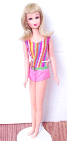 1968 #1170 Twist and Turn Francie Doll blonde