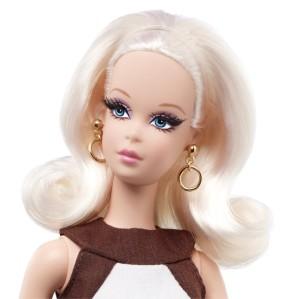 2012 Kitty Corner™Francie® Doll face