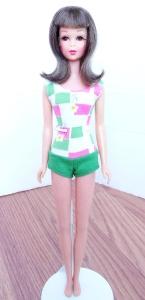 Brunette Bend Leg Francie Doll 1