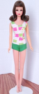 Brunette Bend Leg Francie Doll Mint 2