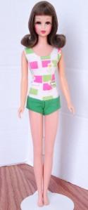 Brunette Bend Leg Francie Doll Mint 2