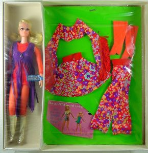 LIVE ACTION P.J. Doll FASHION `N MOTION GIFT SET 1971 Sears Exclusive inside