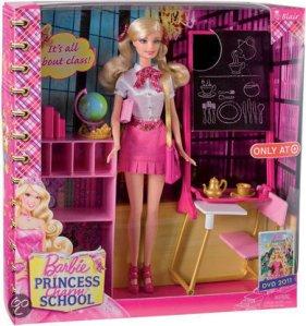 2011 Barbie-Princess-Charm-School-Classroom-playset