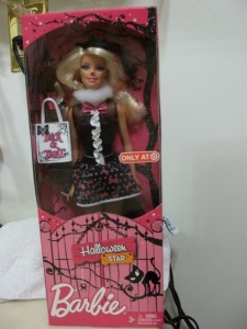 2012 BARBIE EXCLUSIVE~HALLOWEEN STAR DOLL ~~NRFB