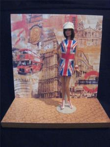 2012 Barbie Convention London Mod Centerpiece with Barbie Basic Doll & Backdrop MINT