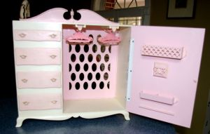 1964 Barbie and Midge Queen Size Chifforobe - open