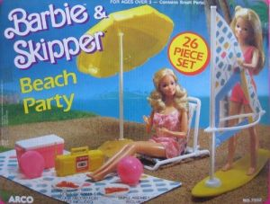 1988 Barbie & Skipper Beach Party Playset w 26 Pieces (Arco Toys Mattel)