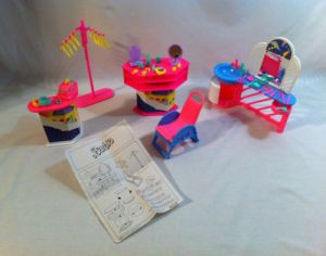1989 Super Style Barbie Beauty Salon Boutique complete