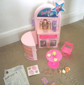 1992 #10134 Barbie Cafe inside