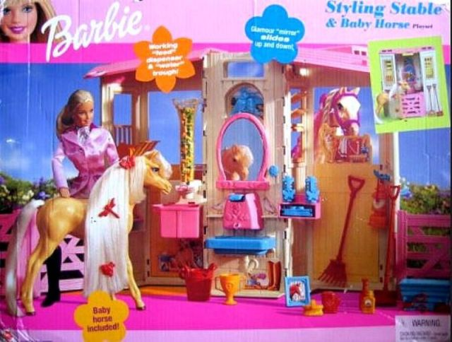2002 Barbie Styling Stable Playset & Baby Horse