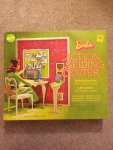 Barbie Action Sewing Center #4026
