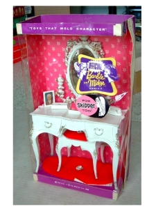 Barbie-Midge & Skipper Susy Goose Jeweled Vanity Set RARE BOXED