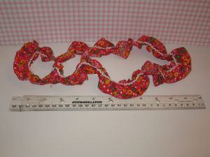red calico loose corrugated strip