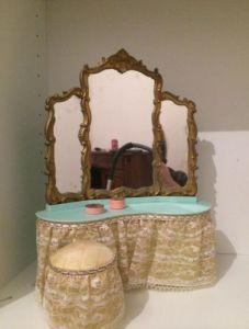 Milady furniture Vanity