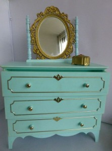 Mllady Furniture Dresser