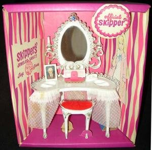 Skipper Susy Goose Jeweled Vanity Set RARE BOXED
