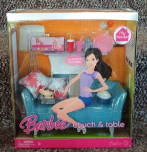 Barbie MY HOUSE Couch and Table MRFB