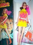 1970 #1132 Walking Jamie~brunette NRFB