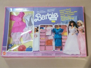 1991 Barbie - MIDGE WEDDING Furniture - Fashion Trunk - rare gitftset from Europe