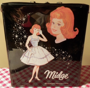 1963 Single Midge™ Case with Titian Midge™ wearing Movie Date™ - black