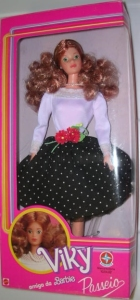 1989 Barbie VIKY Brazil Redhead SuperStar PASSEIO nrfb