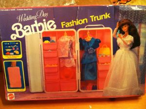 1991 #7237 Wedding Day Fashion Trunk - NRFB USA