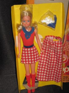 1976 #7259 GROWING UP SKIPPER blonde