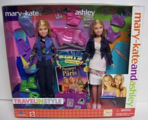 2001 Mary Kate and Ashley Olsen Travel In Style Dolls Giftset