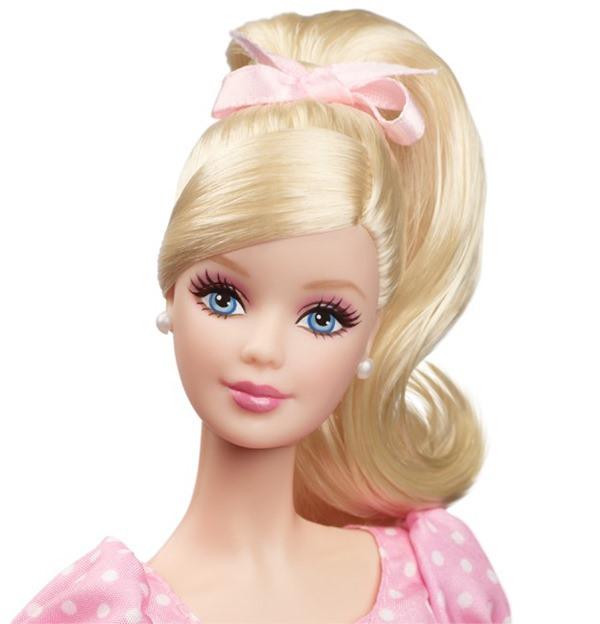 2014 It's a GirlBarbie® Doll face