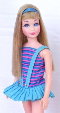 DARK Blonde Twist 'N Turn TnT Skipper - very long hair