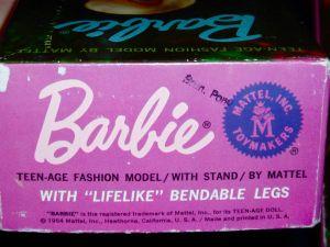 Swil Barbie Bendable Leg MIB label