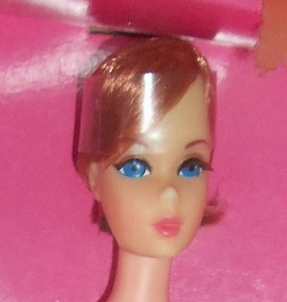 1971~1174~HAIR HAPPENIN'S BARBIE~NRFB