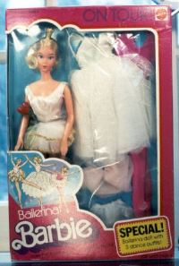 1976~BallerinaBarbieOnTour~NRFB~$90~090407