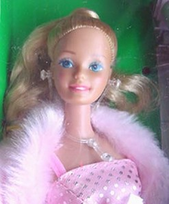 1982 Pink and Pretty Barbie~ closeup