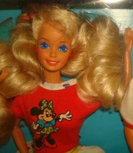 1990 Toys R Us Barbie & Friends face