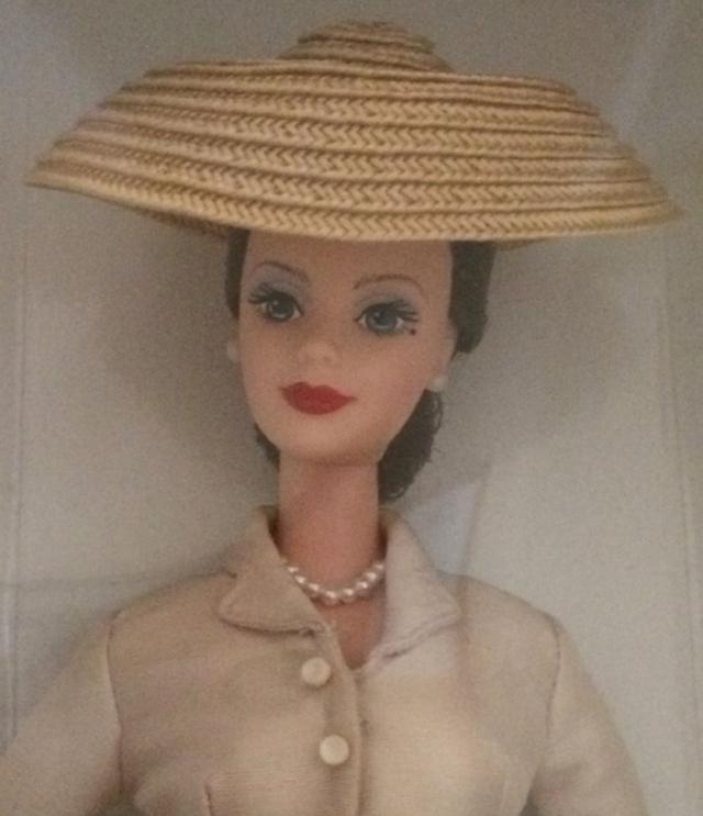 1997 Christian DiorBarbie® Doll face