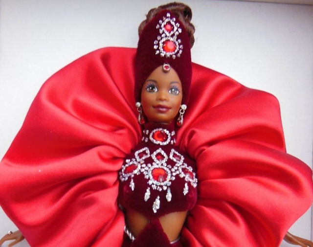 1997 Ruby Radiance™ Barbie® Doll face