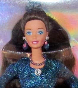 1997 Toys R Us Sapphire Sophisticate face