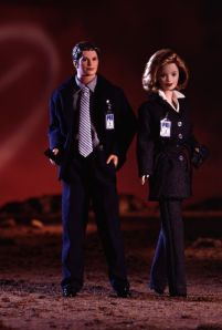 1998 The X-Files Barbie and Ken gift set flyer