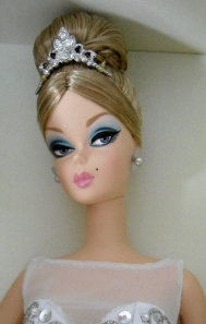 2009 Prima Ballerina™ Barbie® Doll face