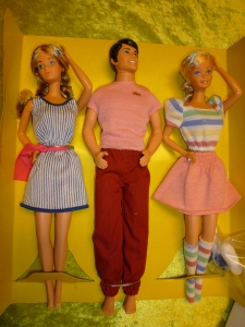 80' Barbie & friends dolls set