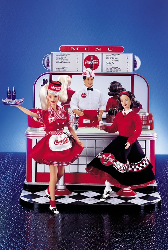 Coca-Cola Barbie #2 2000 display