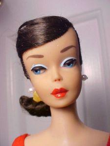 1964 Dark Brunette Swirl Ponytail HC face