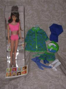 1968 Standard Barbie Travel in Style Gift Set