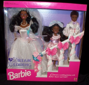1993 Toys R Us Dream Wedding African-American with Barbie, Stacie and Todd aa