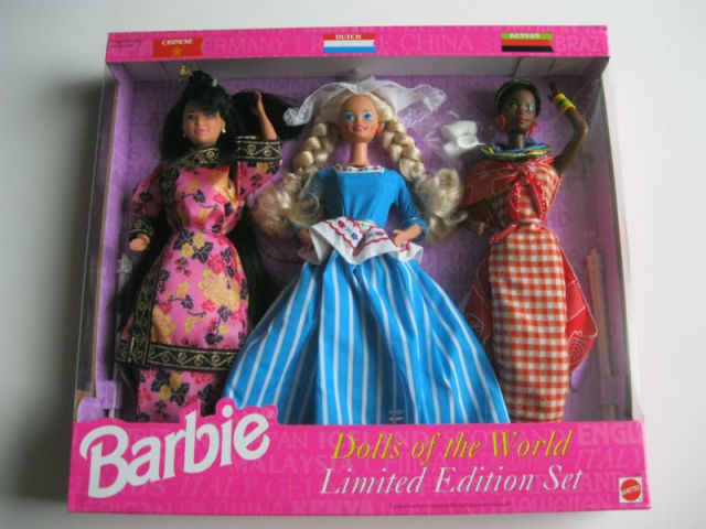1994 Dolls of the World gift set with Chinese, Dutch and Kenyan