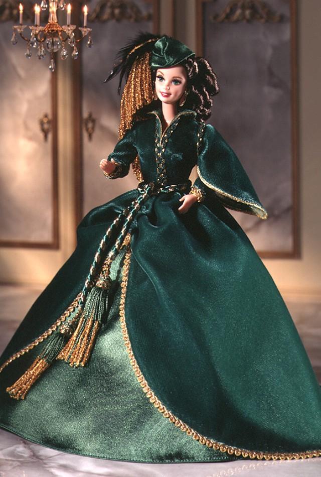 1994 Scarlett O'Hara in green velvet gown j