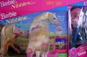 1996 BJ's Club Barbie & Nibbles Horse gift set