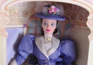 1997 Avon Mrs. P.F.E. Albee face