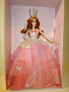 2015 Wizard of Oz – Glinda™ Barbie® Doll.